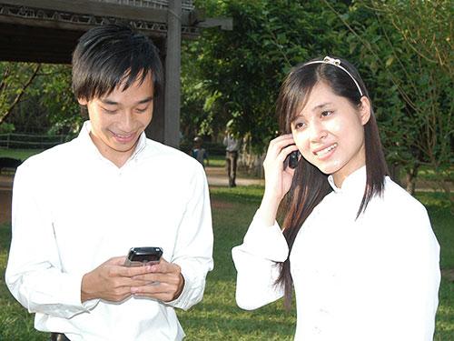 Người dùng điện thoại di động cần hết sức cảnh giác khi cài đặt các ứng dụng để tránh mất tiền oan