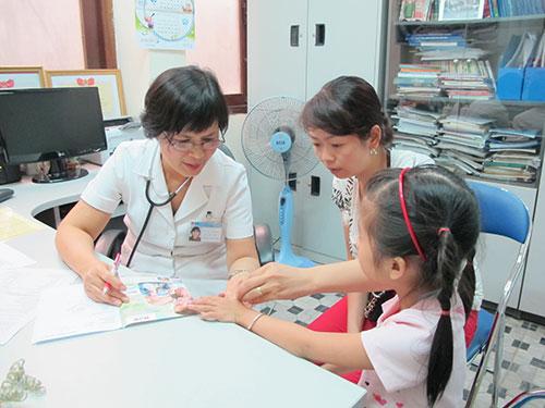 Nhiều gia đình đưa trẻ tới các trung tâm dinh dưỡng khi con có các vấn đề về chiều cao, cân nặng
