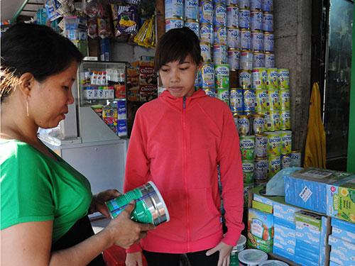 Giá sữa liên tục tăng và chênh lệch giá khá cao tại TP HCMẢnh: HỒNG THÚY