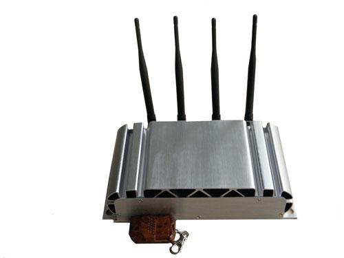 Nhiều thiết bị phá sóng GPS, 3G được rao bán công khai trên mạng Ảnh: CHÁNH TRUNG