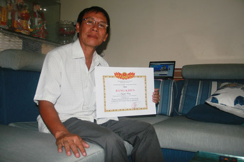 Ông Nguyễn Cống (huyện Hiệp Đức, tỉnh Quảng Nam), thương binh hạng 4/4, vượt khó vươn lên làm giàu  Ảnh: QUANG VINH