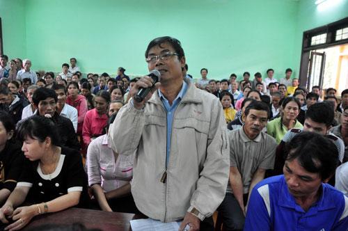 Người dân bày tỏ bức xúc với lãnh đạo tỉnh Quảng Ngãi vì cho rằng đất rừng của họ bị cán bộ xã chia chác