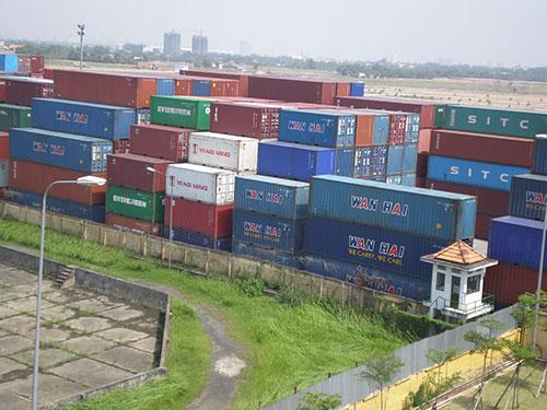 Hiện hàng hóa ùn ứ tại Cảng Cát Lái tăng 30% so với thời điểm trước