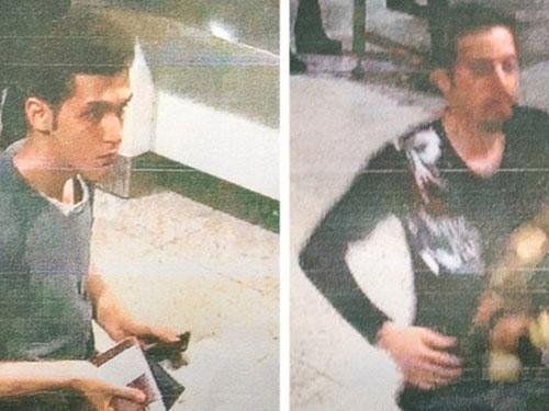 Hình ảnh 2 hành khách dùng hộ chiếu giả Ảnh: BBC