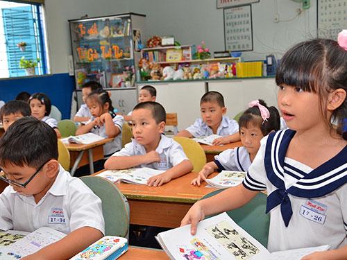 Các nhà văn đề nghị NXB Giáo dục phải tôn trọng tác giả khi sử dụng tác phẩm vào sách giáo khoa Ảnh: TẤN THẠNH