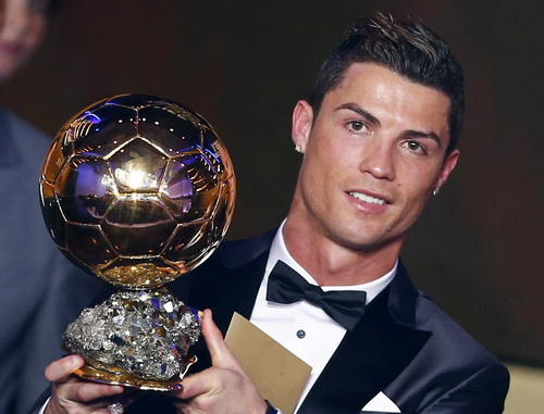 Bóng vàng, đãi ngộ cũng phải vàng với Cristiano Ronaldo