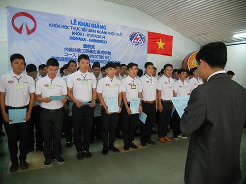 Lao động trúng tuyển sang Nhật tham gia khóa đào tạo nghề do Chi nhánh Công ty Haindeco  TP HCM và Tập đoàn Nohara (Nhật Bản) tổ chức