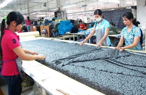 Ngành may cần nhiều lao động lành nghề. (Ảnh chụp tại Công ty TNHH Terratex Việt Nam, quận 12, TP HCM)