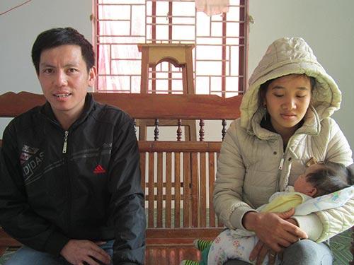 Anh Lưu Đình Hải cùng vợ con kể lại quá trình làm việc vất vả tại Nga