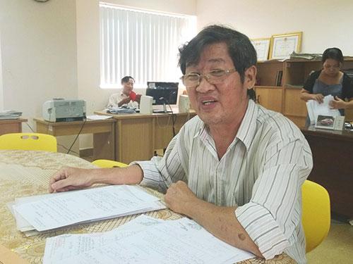 Ông Nguyễn Văn Thành trình bày sự việc tại Báo Người Lao Động