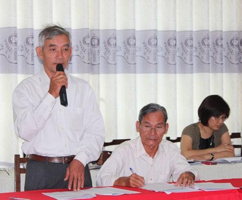 Đại biểu góp ý kiến cho dự thảo