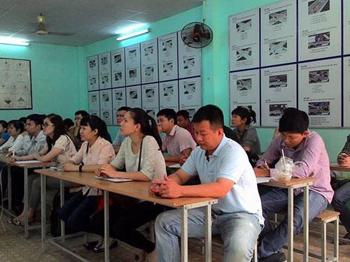 Học viên tham gia khóa đào tạo nghiệp vụ bán hàng