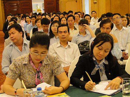 Cán bộ CĐ và đoàn viên thanh niên tham gia lớp học