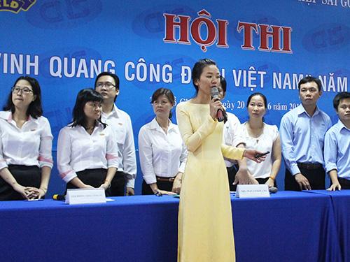 """Các thí sinh thuyết trình tại hội thi """"Vinh quang CĐ Việt Nam"""" do CĐ Tổng Công ty Công nghiệp Sài Gòn tổ chức"""