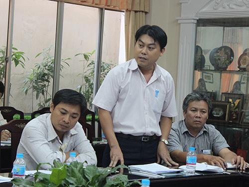 Ông Nguyễn Văn Hải - Phó Chủ tịch LĐLĐ quận Bình Tân, TP HCM - phát biểu tại hội nghị