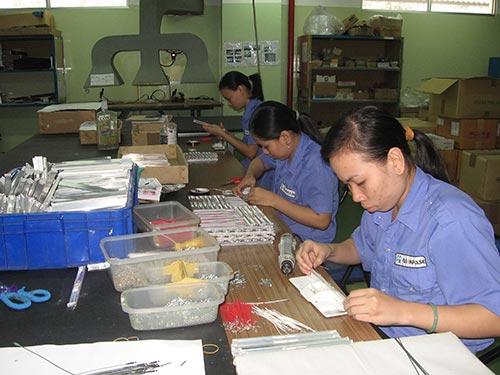 Dồn sức chăm lo cho lao động nữ là ưu tiên hàng đầu của CĐ các KCX-KCN TP trong năm 2014