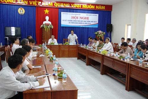 Ông Đỗ Danh Phương, Tổng Biên tập Báo Người Lao Động, phát biểu tại hội nghị
