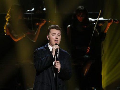 Nam ca sĩ Sam Smith (ảnh) dẫn đầu đề cử Grammy 2015 cùng với Beyoncé và Pharrell Williams. Nguồn: Reuters