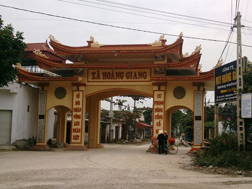 Nhiều cổng làng, xã ở Thanh Hóa xây quá phô trương, không phù hợp với điều kiện kinh tế còn khó khăn