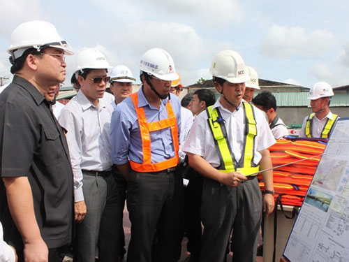 Phó Thủ tướng Hoàng Trung Hải thị sát dự án tuyến đường sắt metro