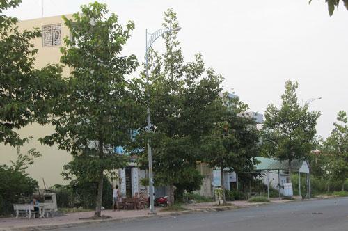 Nhiều hộ dân tại khu tái định cư Long Bửu giai đoạn 1 bỗng dưng bị nợ