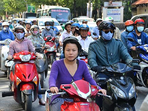 Nếu được HĐND TP HCM thông qua Tờ trình thu phí đường bộ khi sử dụng xe máy, đây là địa phương có lượng phương tiện đóng phí nhiều nhất nước Ảnh: TẤN THẠNH