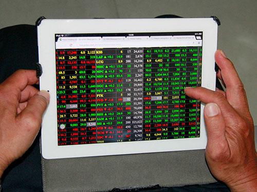 Nhiều doanh nhân nổi tiếng từ thị trường chứng khoán Ảnh: HOÀNG TRIỀU