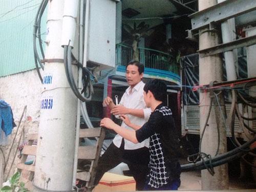 Người của ông Trần Thanh Tuấn ngang nhiên cắt điện của DNTN  Nghĩa Thoa
