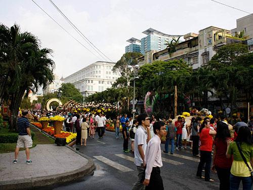 Đường Nguyễn Huệ sẽ được nâng cấp thành quảng trường đi bộ  Ảnh: Hoàng Triều