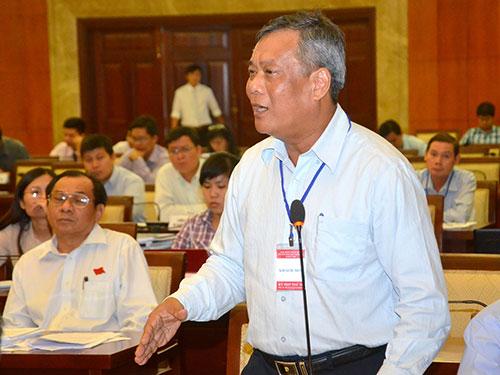 Giám đốc Sở GTVT TP HCM Nguyễn Thành Chung thừa nhận  giải pháp chống ngập chưa chính xácẢnh: Tấn Thạnh