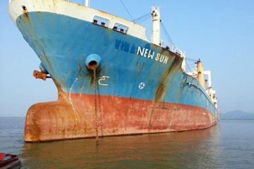 Tàu New Sun cũng đang neo đậu tại biển Hải Phòng.