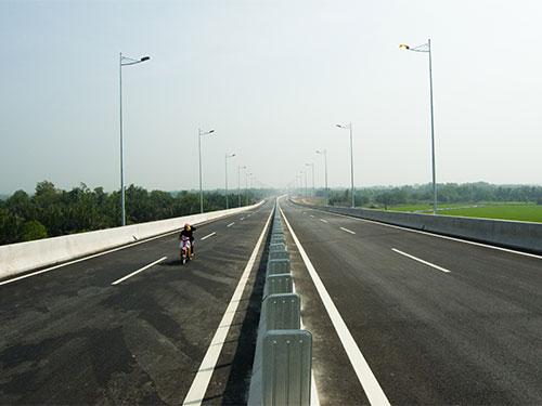 Một đoạn đường cao tốc TP HCM - Long Thành - Dầu Giây