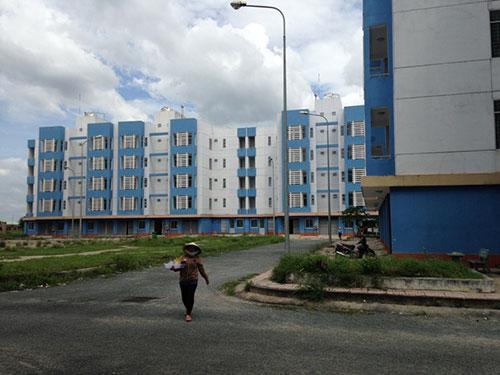 Khu tái định cư Vĩnh Lộc B (huyện Bình Chánh, TP HCM) vắng hoe vì quá xa trung tâm thành phố