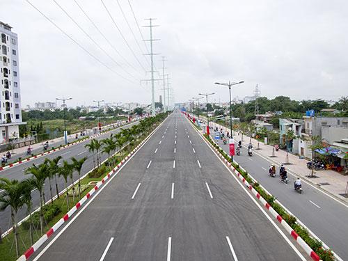 Đường Phạm Văn Đồng được thông xe hồi cuối tháng 9-2013
