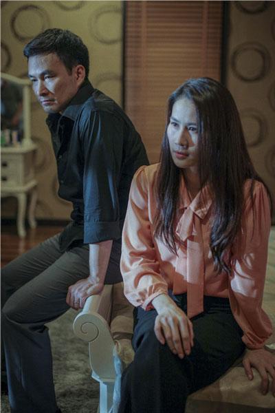 Chi Bảo và Thân Thúy Hà trong phim Hào quang trở lại. (Ảnh do đoàn phim cung cấp)