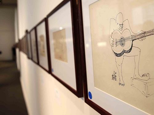 Một bản vẽ phác thảo độc đáo của John Lennon hiện trưng bày ở nhà đấu giá Sotheby's tại New York - Mỹ
