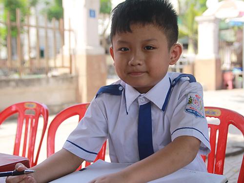 Thần đồng xứ Nghệ Nguyễn Tuấn Kiệt Ảnh: ĐỨC NGỌC