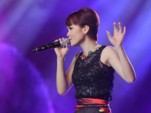 Kim Thành biểu diễn trong đêm live show tuần thứ 11 Ảnh: BHD