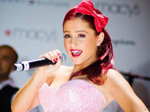 Ariana Grande trở lại lợi hại hơn