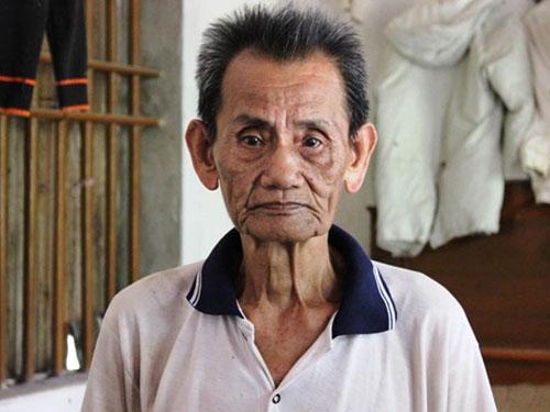 Ông Nguyễn Xuân Sơn chạnh lòng khi nhắc đến con trai Ảnh: TUẤN MINH