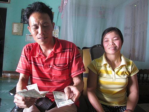 Bà Ngô Thị Ngà từng nhặt được 11 cây vàng SJC khi đang bới rác ở huyện Sóc Sơn, TP Hà Nội Ảnh: VĂN DUẨN