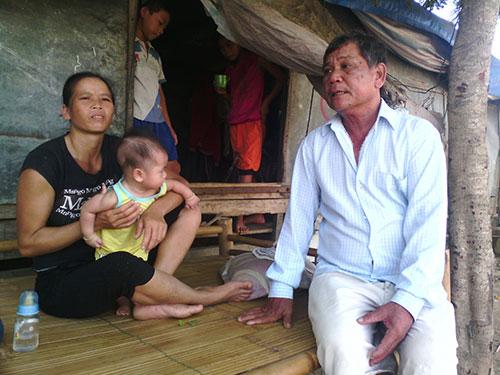 Hầu hết những đứa trẻ ở thôn Lại Tân do ông Võ Văn Kèn đặt tên Ảnh: QUANG NHẬT