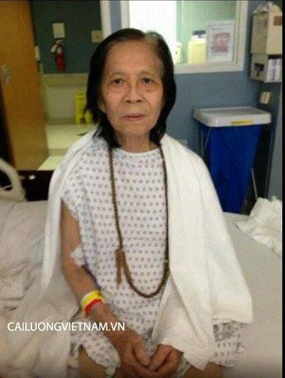 Nghệ sĩ Minh Cảnh trên giường bệnh Ảnh: CAILUONGVIETNAM.VN