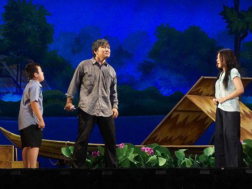 Cảnh trong vở Đời Như Ý của đạo diễn trẻ Phan Quốc Kiệt