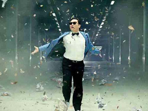 Cảnh trong MV Gangnam Style. (Ảnh cắt từ clip)