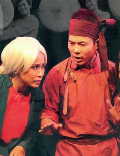 NSƯT Lệ Ngọc và nghệ sĩ Danh Nhân - Nhà hát Kịch Việt Nam- sẽ có mặt trong vở Lâu đài cát.  (Ảnh do nhà hát cung cấp)