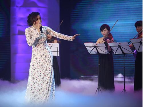 Ca sĩ Hồ Quỳnh Hương sẽ biểu diễn trong chương trình Giai điệu tự hào vào tối 26-4Ảnh: Phương Thảo