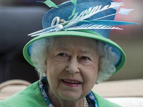 Nữ hoàng Elizabeth II được cho là đang nắm giữ số tài sản không nhỏ Ảnh: AP