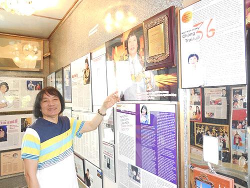 NSƯT Minh Vương giới thiệu phòng trưng bày cá nhân của ông tại nhà riêng trên đường Trần Quốc Toản, quận 3, TP HCM