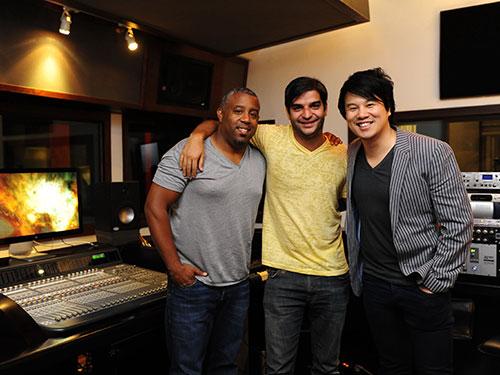 Từ trái qua phải: Nhạc sĩ Wayne Hector, nhạc sĩ Aj Junior và ca sĩ Thanh Bùi Ảnh: THÙY TRANG